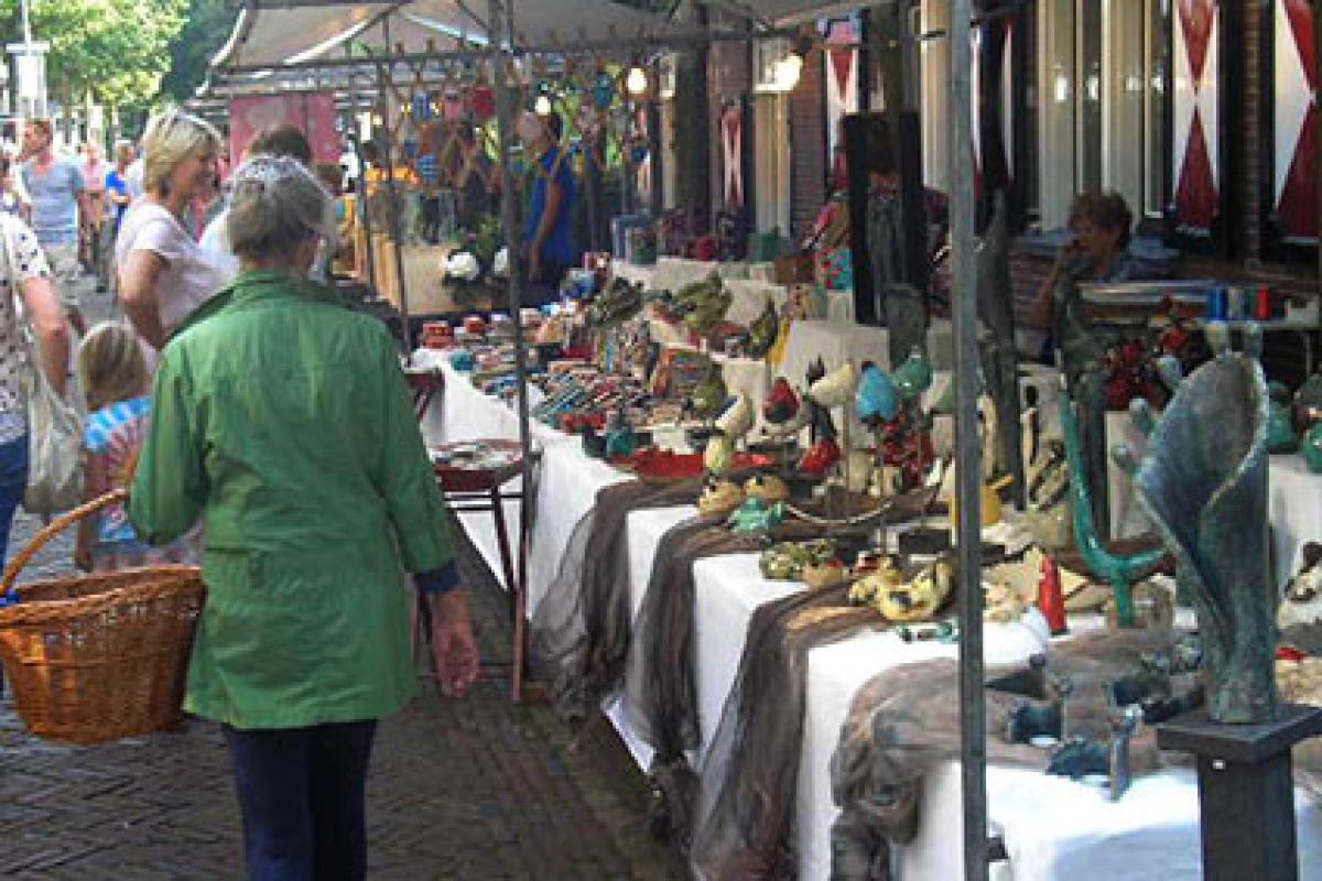 Kunstmarkt Bergen - donderdagavond