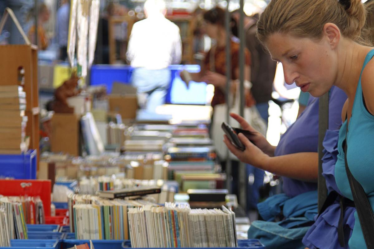 Boekenmarkt in Bergen